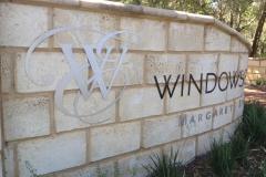 Window-Estae-Vineyard-Entrance-